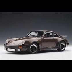 porsche 911 (930) 3.0 turbo 1976 1/18
