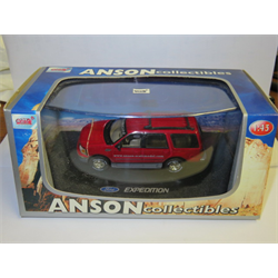 Ford Expedition promo model -1:43 Diecast by ANSON
