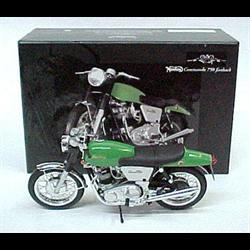 Norton Commando 750 1968-72 green - Minichamps 1:12 Diecast