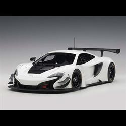 McLaren 650S GT3 white, black accents AUTOart 1:18 Diecast