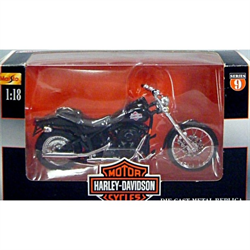 Harley Davidson 2000 FLSTB Night Train Maisto 1:18 Diecast