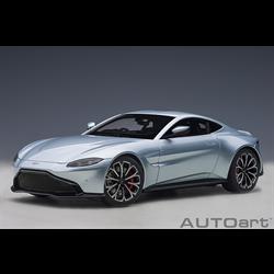 Aston Martin Vantage 2019, Magnetic Silver  AUTOart 1:18 Model