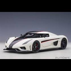 Koenigsegg Regera white, black carbon, red accents AUTOart 1:18 Diecast