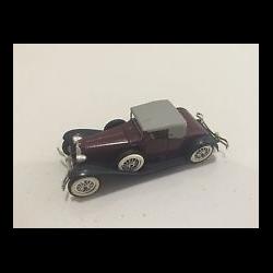 Cord L29 1929 maroon, black Solido 1:43 Diecast
