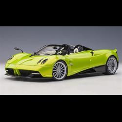 Pagani Huayra Roadster Verde Firenze AUTOart 1:18 Diecast
