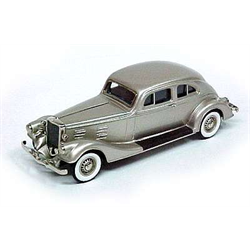 Pierce Arrow 'Silver Arrow' 1934 - Brooklin 1:43 Diecast