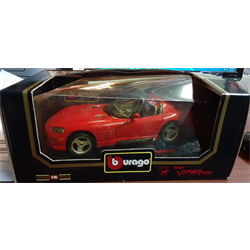 Dodge Viper RT/10 1992 red BBURAGO 1:18 Diecast AS IS