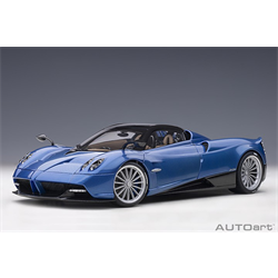 Pagani Huayra Roadster, Blu Tricolore Carbon Fiber AUTOart 1:18 Diecast